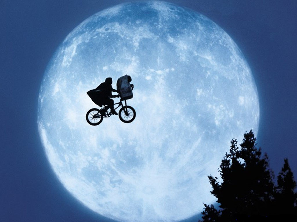 Movies on the Mountain Featuring E.T.
